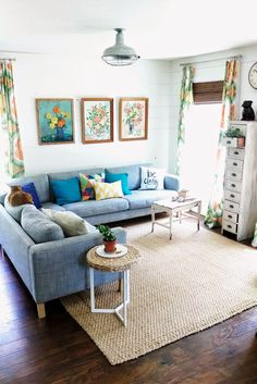 Great floors. and love everything! Flower Patch Farmgirl: I Wasn't Always Like This - Living Room, Early Summer Ed.