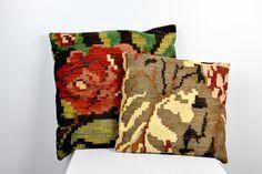 KILIM Pillows 2 Kilim Pillows Turkish Pillows Set of Two Hand Woven Floral Kilim by ItaLaVintage on Etsy