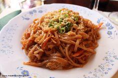 Restaurante Siam (Madrid). Seguro que ya conocéis este local de comida tailandesa, pero hoy nos hemos levantado clásicos. Os contamos nuestra experiencia en Siam, el mítico local de las traseras de Plaza de España.