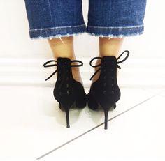 Shoe details