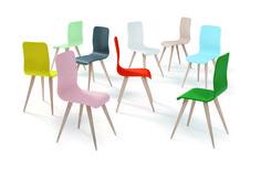 Sillas con personalidad, con color,con estilo... #diseño #hogar #casa #decoración #salón #Galicia #fashion #cool #sillas