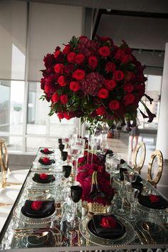 photo: Studio A Images; Gorgeous wedding reception centerpiece idea