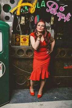 Photographer: petri mast Muah: by me Clothes:muotiputiikki helmi www.pin-up.fi