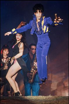 Le chanteur Prince en concert à Wembley, en août 1993.