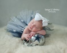 But with michigan helmet and tutu Newborn Baby Photos, Baby Girl Photos, Newborn Shoot, Newborn Pictures, Baby Girl Newborn, Baby Pictures, Cowboy Baby, Newborn Cowboy, Foto Baby