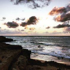 S U N S E T // Not a bad stopover on our way back to Adelaide from the Great Ocean Road. #sunset #ocean #beach #horizon #explore #travel #roadtrip #greatoceanroad #Australia #SA #SALife #Robe by spottedtim