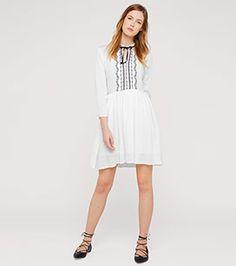 Kleid im Folklorestil in der Farbe cremeweiß bei C&A