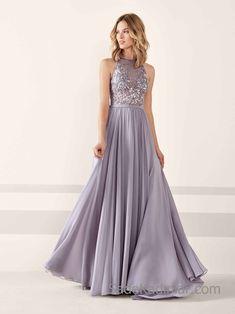 Pronovias 2019 Abiye Elbise Modelleri Gri Uzun Kolsuz Kloş Etek Üst Kısmı Taş İşlemeli
