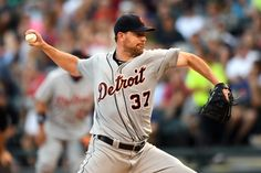 Tigers activate Mike Pelfrey from 15-day disabled list = According to an official statement released by MLB Roster Moves on Monday morning, the Detroit Tigers have activated right-hander Mike Pelfrey from the club's 15-day disabled list. The veteran hurler will.....