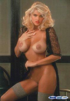 anna-nicole-naked-nude-gf-bianca