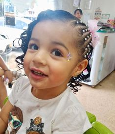 Toddler Hair Dos, Toddler Girl Outfits, Baby Girl Hairstyles, Down Hairstyles, Mixed Girls, Let Your Hair Down, Victoria, Hair Styles, Frozen