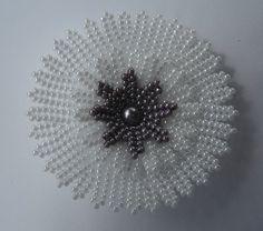 ATELIER : FLEUR HERRINGBONE - LES PHOTOS - Blog collectif d'activités créatives en dentelles de perles