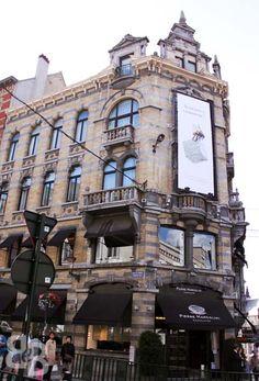 Pierre Marcolini, Best chocolatier in Belgium - Brussels shop, Grand Sablon