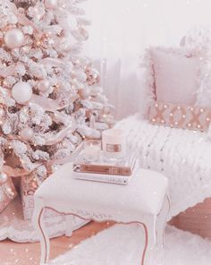 Impressive White Christmas Tree Designs Ideas To Try In 2019 - Home decor cozy Christmas Bedroom, Shabby Chic Christmas, Cozy Christmas, Christmas Baby, White Christmas, Christmas Trees, Christmas Mantles, Christmas Villages, Victorian Christmas