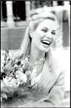 Heather Hamilton miss south africa 1999 Most Beautiful Beaches, Most Beautiful Women, Beautiful People, Beaches In The World, Countries Of The World, Beautiful Inside And Out, Miss World, African History, African Beauty