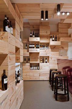 интерьер из винных ящиков от дизайн-студии OOS