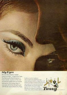 #makeup #fashion #sixties #vintage #retro #eyeliner #eyemakeup #cosmetics #1960s