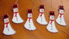Suncatcher vitrail de Noël vacances - hiver glacial bonhomme de neige avec Red Hat, ornement du bonhomme de neige
