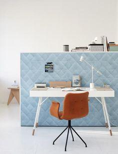 Ein Schreibtisch gehört in jedes Home-Office. Ob filigraner Sekretär mit Design oder verstellbarer Computertisch - wir zeigen, was gute Schreibtische können...