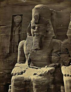 Aprovechando que ya acabé los exámenes he estado mirando imágenes increíbles de Egipto, me encantan las antiguas, todo a su natural… Habría sido tan increíble presenciar aquello A continuaci…