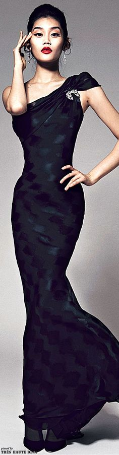 Zac Posen, 2014 http://sulia.com/channel/fashion/f/12f24d38-59d3-468e-bb78-c25531013ac0/?pinner=125430493&