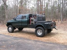 Welding rig.. ohh its an 01 dodge too