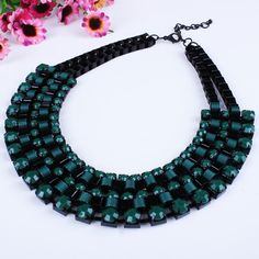 Vintage Resin and Cylinder Beads Necklace for Ladies