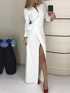 Solid V-Neck Tied Waist Wrap Maxi Dress - Herren- und Damenmode - Kleidung Mode Outfits, Dress Outfits, Fashion Dresses, Maxi Dresses, Fashion Clothes, Trendy Dresses, Nice Dresses, Formal Dresses, Awesome Dresses