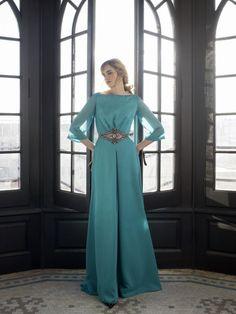 Inmaculada García Vestido Fiesta - Gala's es especialista en vestidos de novia, madrina y fiesta. También posee amplio catálogo de complementos.