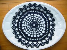 Ravelry: Spider Web Doily free pattern by The Spool Cotton Company Crochet Fall, Halloween Crochet, Crochet Home, Halloween Crafts, Knit Crochet, Fall Halloween, Free Crochet, Crochet Doily Patterns, Crochet Chart