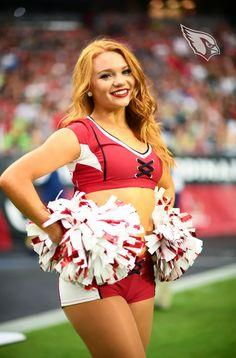 Arizona Cardinals Cheerleaders, Football Cheerleaders, Cheerleading, Professional Cheerleaders, Beautiful Athletes, Daisy Dukes, Foto Pose, Sport Girl, Pom Poms