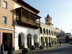 """Panoramio - Photo of Típico balcón salteño en calle Caseros y Cabildo histórico de Salta, """"la linda"""" - Salta"""