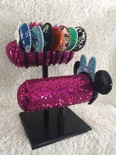 Minnie Ears Mouse Ear Display Minnie Mouse by LoveThoseDisneyEars Disney ears Disneyland Disney Home Decor, Disney Diy, Disney Crafts, Disney Mickey Ears, Mickey Mouse, Headband Display, Craft Show Ideas, My Princess, Disney Style