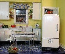 how to: mini vintage refrigerator