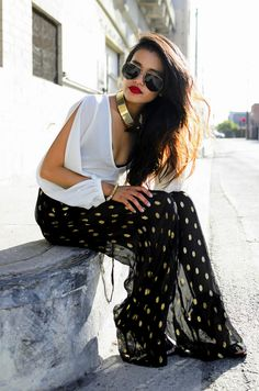 Be Attractive With Black-White Fashion