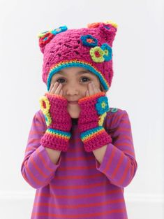 Blooming Cap And Mitts - Lion Brand Vanna's choice - Square hat with wristers - Shell stitch hat - Kids pattern
