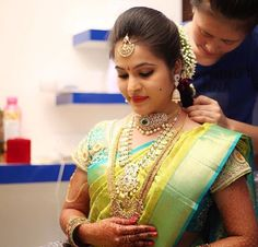 New bridal hairstyles for saree hindus ideas - New bridal hairstyles for saree . - New bridal hairstyles for saree hindus ideas – New bridal hairstyles for saree hindus ideas – - South Indian Wedding Hairstyles, Bridal Hairstyle Indian Wedding, South Indian Weddings, Indian Wedding Jewelry, South Indian Bride, Indian Jewelry, Kerala Wedding Saree, Saree Wedding, Wedding Bride