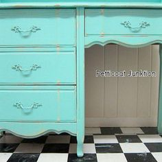 This would be perfect as a desk for my room