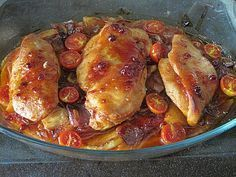 Toskanischer Hähnchen-Auflauf Tuscan chicken casserole, a refined recipe from the poultry category. Ratings: Average: Ø Parmesan Recipes, Healthy Chicken Recipes, Pizza Recipes, Vegetable Recipes, Healthy Dinner Recipes, Crockpot Recipes, Chicken Casserole, Casserole Recipes, Casa Pizza