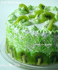 Tort Diplomat ~ Culorile din farfurie Cupcake Recipes, Cupcake Cakes, Dessert Recipes, Cupcakes, Romanian Food, Food Cakes, Sweet Bread, Kiwi, Love Food