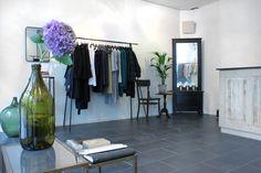 Uploud Audio UA1 taking care of background music at concept store of Samuji, emerging Helsinki based fashion brand.