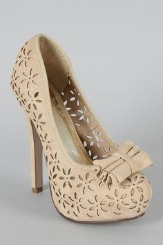 Cabel Bow Perforated Floral Pump, love them if I can only get my foot into that kinda shoe again!