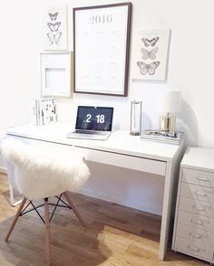 Blogger arbeitsplatz schreibtisch workplace ikea eames for Schreibtisch tumblr