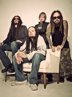 Korn one of the best in the business and their music is awesome and epic. I want his ever sounded like them before or ever will sound like them again! ❤️