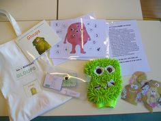 Sac à histoire GLOUPS Frog Activities, Kindergarten Activities, Album Jeunesse, Petite Section, Edd, Kids Reading, Montessori, Projects To Try, Education