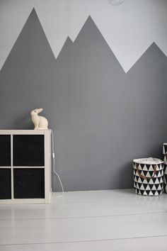 Awesome 101 Chalkboard Wall Paint Ideas For Your Bedroom https://decoratoo.com/2017/05/01/101-chalkboard-wall-paint-ideas-bedroom/ Any color will get the job done as long because it is pale. Eggshell paints create an exceptional home decor. Whiteboard paint is a huge approach to utilize walls in a house with a bit of personality.
