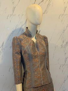 Blouse Batik, Thai Dress, Thai Style, College Outfits, Babydoll Dress, Traditional Dresses, High Neck Dress, Boutique, Silk