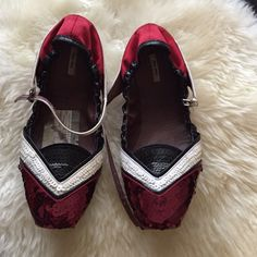 Miu Miu baby doll shoes Very comfy baby doll shoes only been worn a few times. Miu Miu Shoes Flats & Loafers