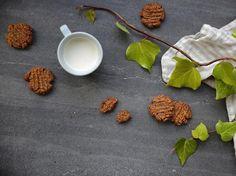 Gingernut Biscuits Recipe with Orange Zest - Viva