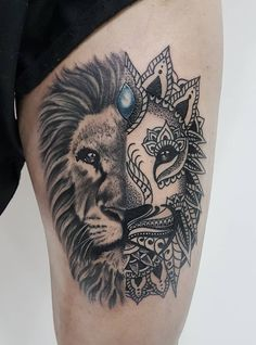 This catchy tattoo is breathtaking. look at all the details! You cannot take your eyes off it.
